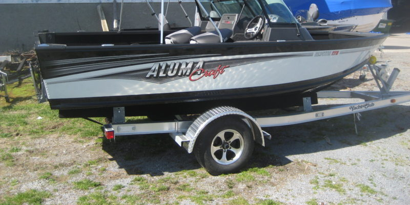 2017 Alumacraft Competitor 175 Sport – Call for Close Out Price!