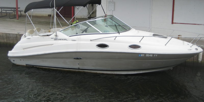 2008 Sea Ray 240 Sundancer w/ Mercruiser I/O
