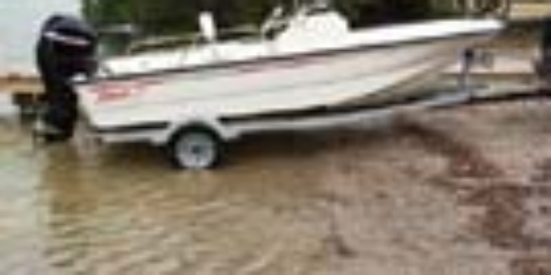 2012 Boston Whaler 150 Montauk w 60 HP Mercury
